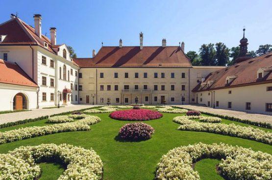 Schloss Thalheim Innenhof