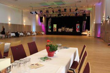 Bruno Festsaal Tanzfläche und Bühne